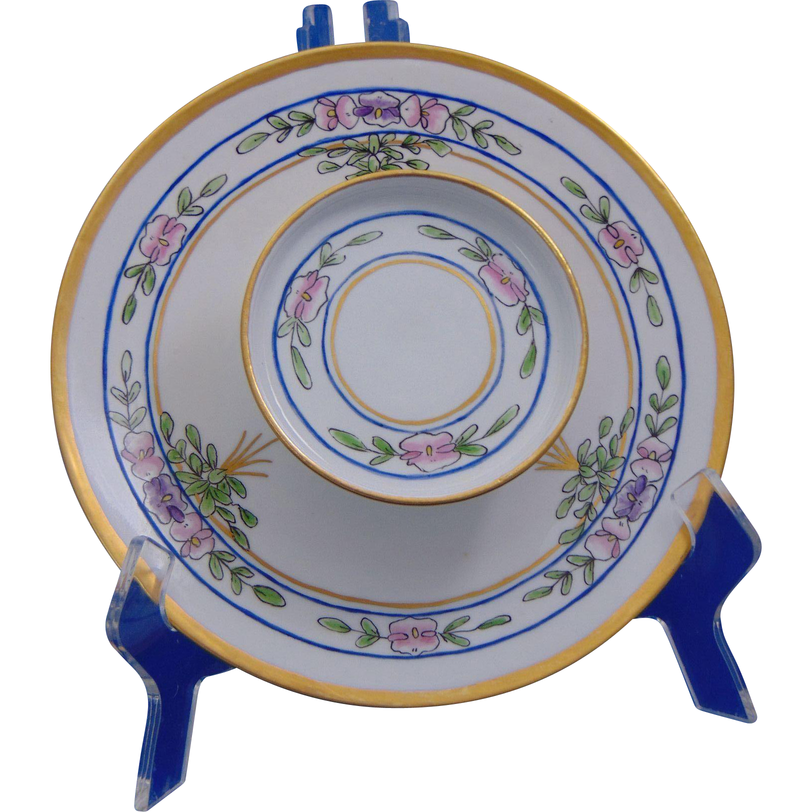 """Tressemann & Vogt (T&V) Limoges Arts & Crafts Pickard Studios Design Sweet Pea Motif Tiered Serving Plate (Signed """"M. Nagle""""/Dated 1919)"""