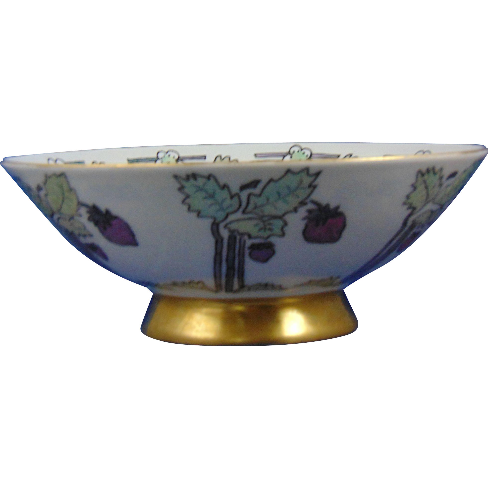 "Favorite Bavaria Arts & Crafts Lustre Strawberry Motif Bowl (Signed ""N.G.C.""/Dated 1912)"