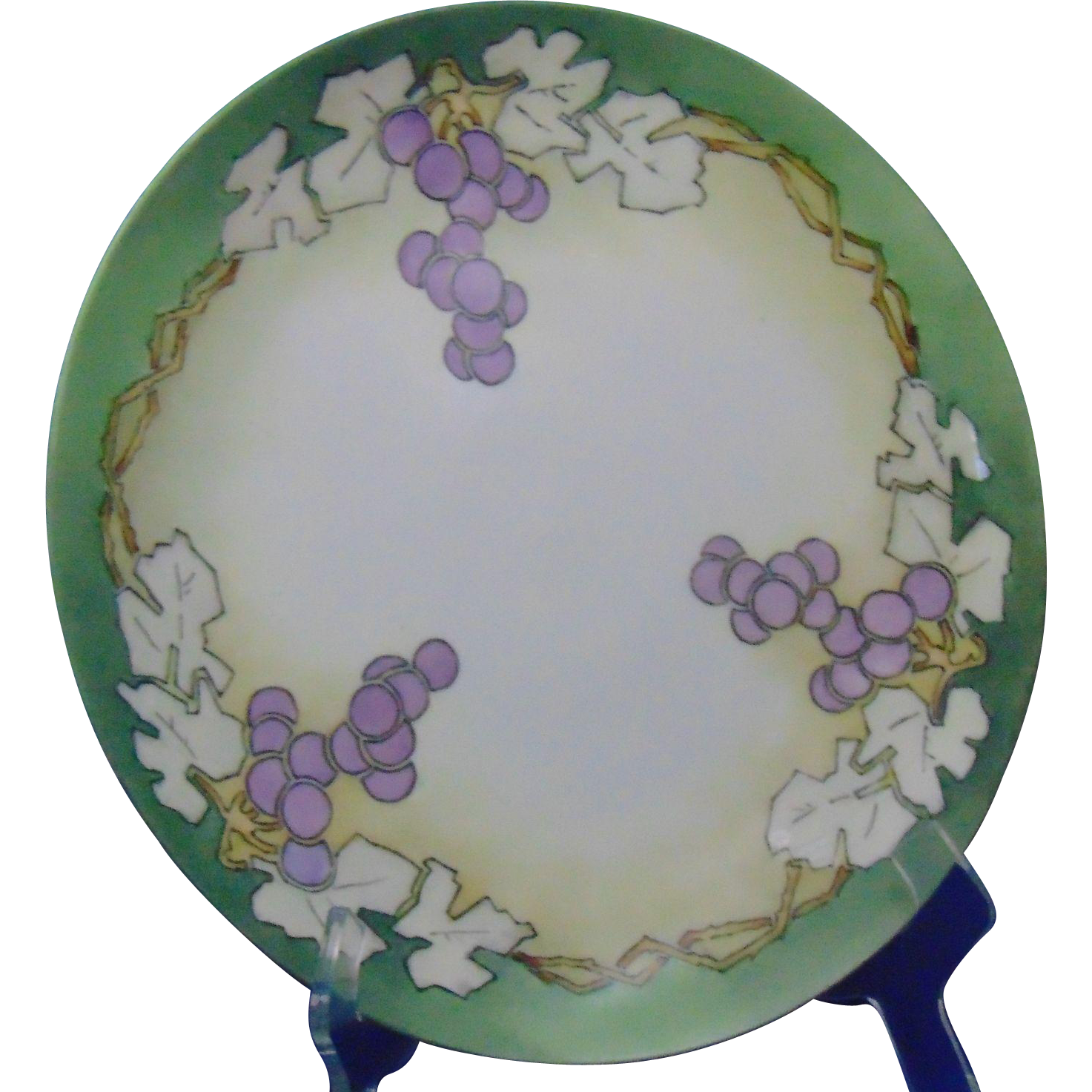 "Haviland & Co. (H&Co.) Limoges Arts & Crafts Grapes Motif Charger/Plate (Signed ""RLM""/c.1894-1931)"