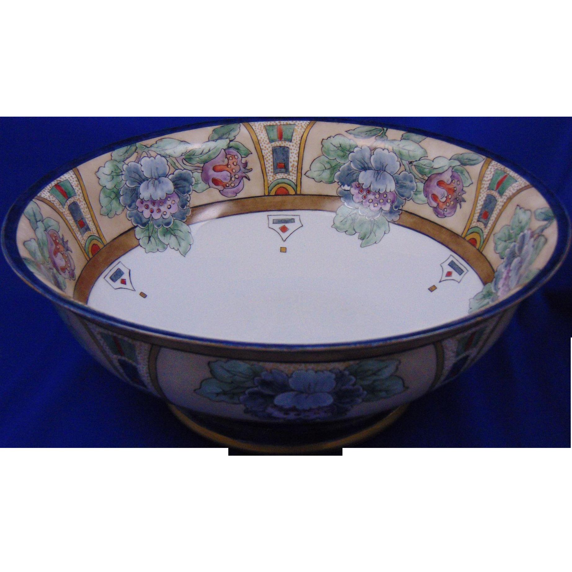 """Tressemann & Vogt (T&V) Limoges Arts & Crafts Floral Motif Centerpiece Bowl (Signed """"M. L. Dwinell""""/Dated 1915)"""