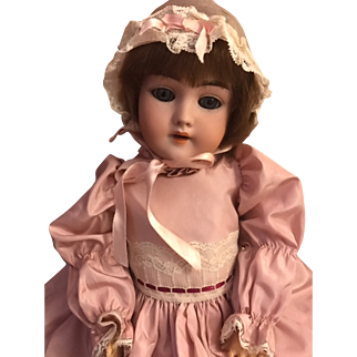 "Adorable Handwerck 119 Antique Doll 21"" Bl Sl eyes Great Clothes!"