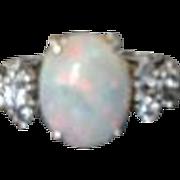 Beautiful Vintage Opal Ring 14k white Gold Size 6.5