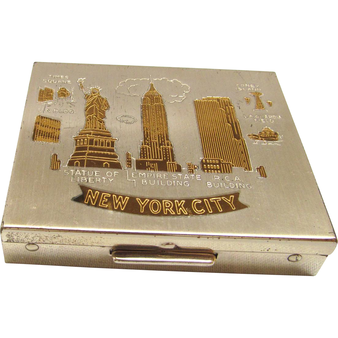 New York Souvenir Compact 1950s Empire State and RCA Building