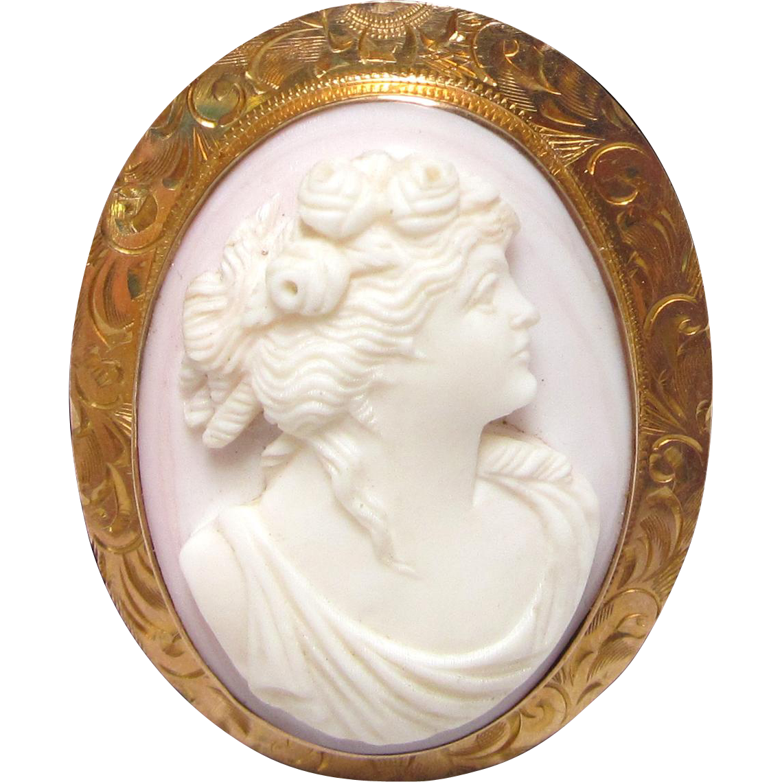 Vintage Cameo Brooch High Relief Carved Conch Shell Engraved 10 K Bezel Set