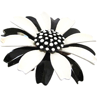 Crown Trifari Mod Enamel Brooch Black and White 1960s