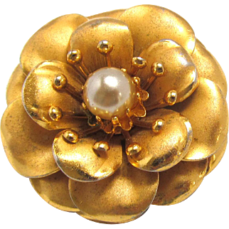 Coro Camellia Brooch Stylized Flower with Imitation Pearl Center