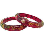 Pair Lucite Bangle Bracelets Embedded Shells Flowers Seaweed