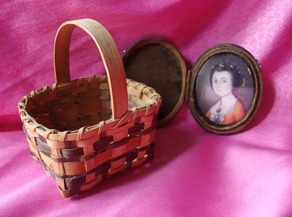 Agnes Welch Cherokee North Carolina Signed Basket