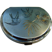 Sterling Silver Ladies Compact with Engraved Love Birds
