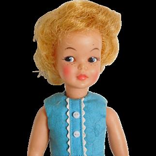 """Vintage 1960's Ideal 9"""" Pepper Blonde Vinyl Original Tammy Sister"""