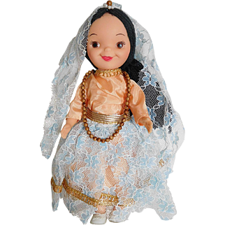 "Vintage Disney 8"" It's A Small World Vinyl Doll Mexico Mint w/ Toy"