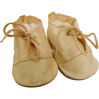 HTF Vintage Off White Oilcloth Baby Shoes for (L) Baby Doll