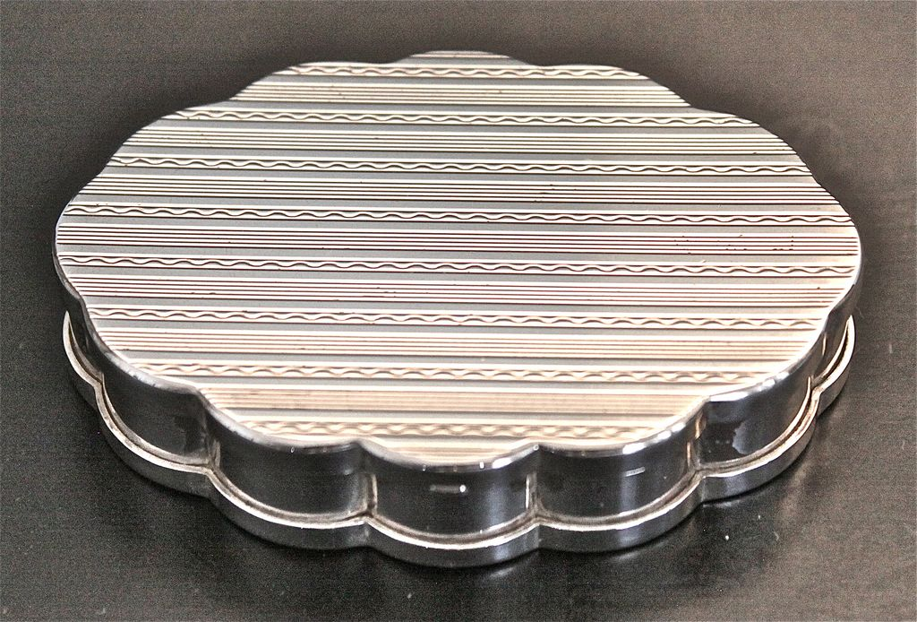 "Volupte Sterling Silver ""Cloud"" Compact Circa 1940's"