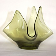 1960's Viking Glass Green Handkerchief Vase