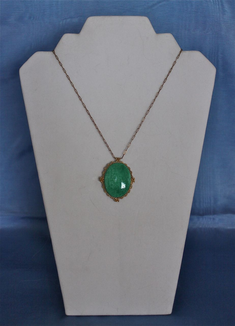 Art Deco Faux Jade Pendant on a Choker Length Chain