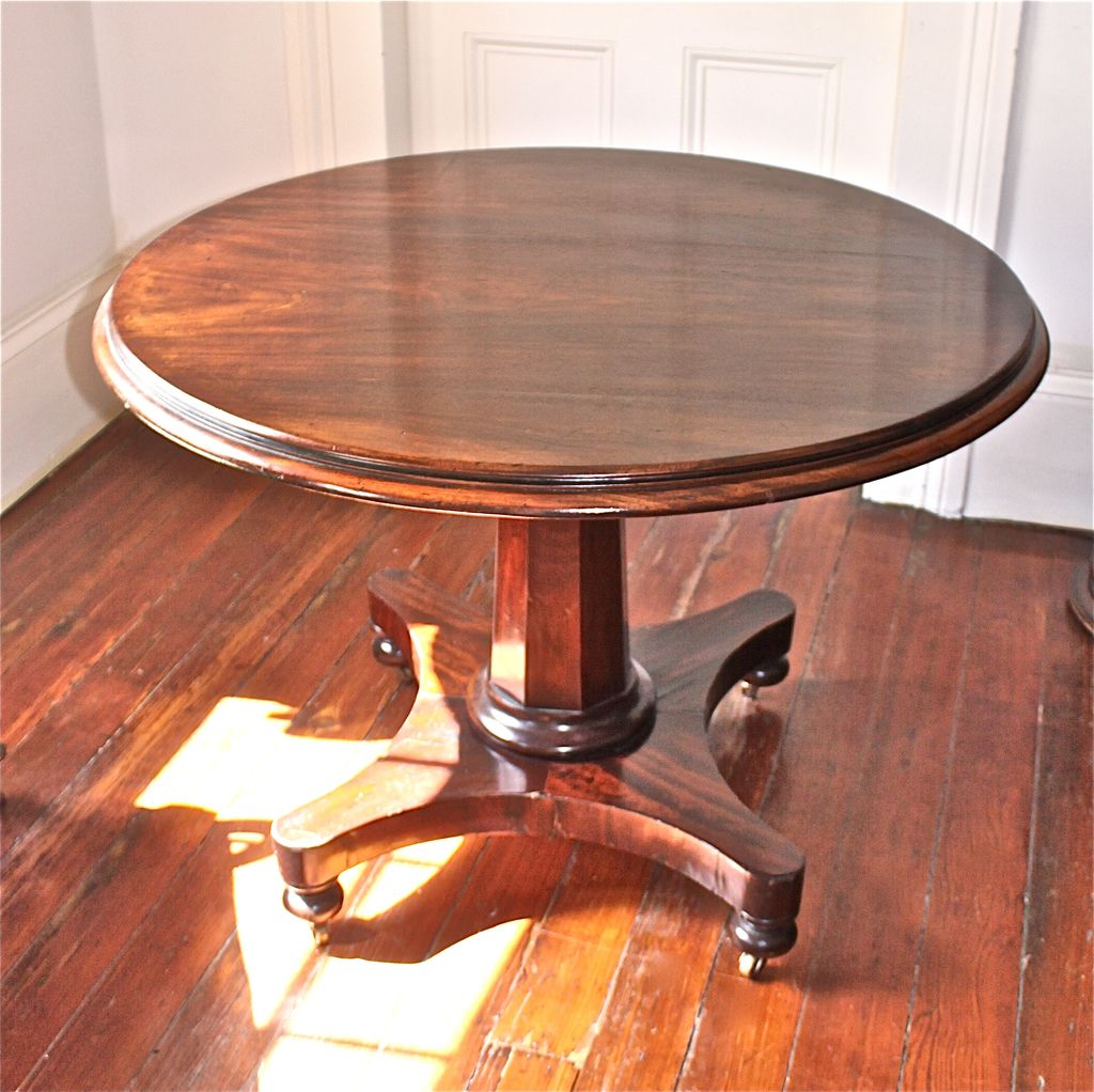 English Regency Mahogany Tilt-Top Pedestal Center/Breakfast Table