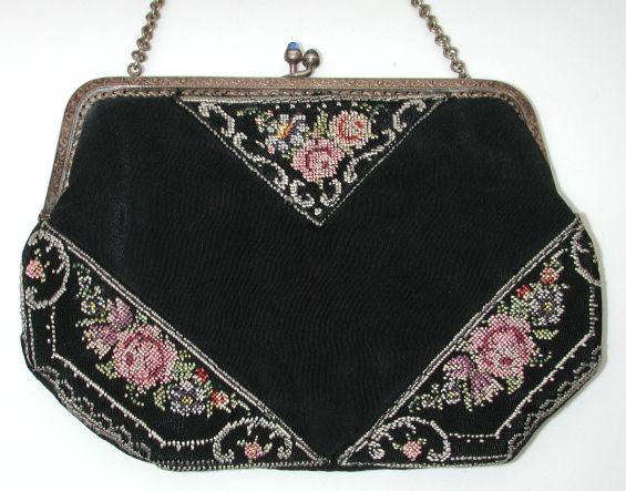 Lovely early 20s petit-point silk evening purse / bag