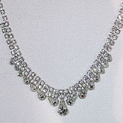 Lovely vintage clear rhinestone necklace signed crown Trifari