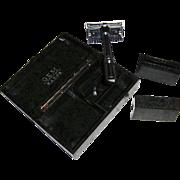 GEM Micromatic Razor in Green Bakelite Case