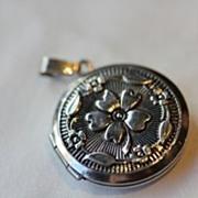 Vintage  Silver Round Locket