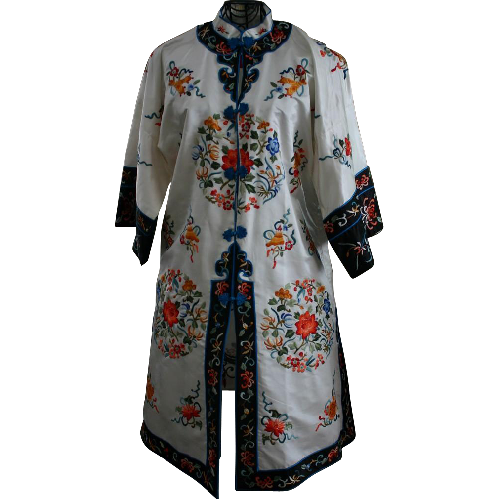 Vintage Chinese Embroidered Silk Mandarin Robe Colorful Design on White Med-Lrg