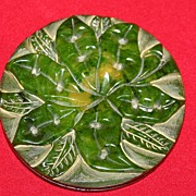 VINTAGE 1930's Carved BAKELITE Hawaiiana Flower Brooch