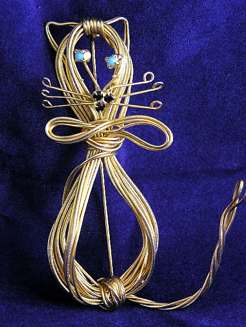 Rare Vintage HOBE Wired Cat Brooch