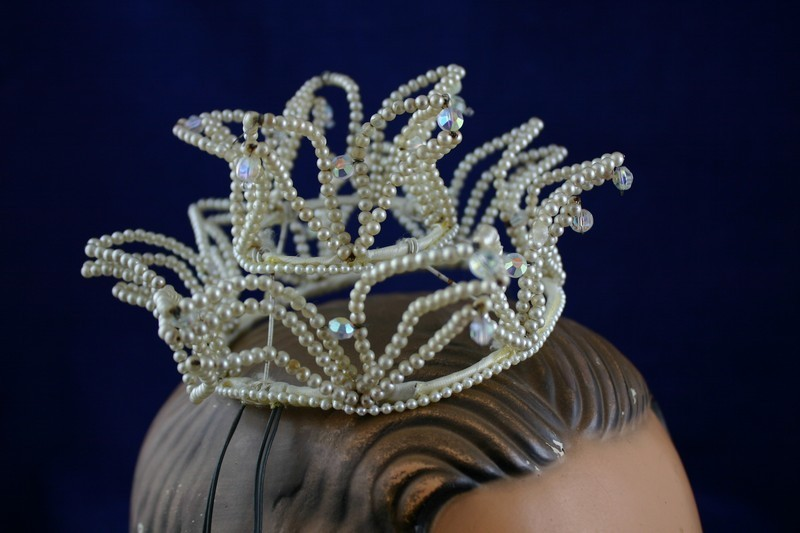 Whimsical Vintage 1940's Prom Queen Bridal Pearl Crown.. OUTRAGIOUS!