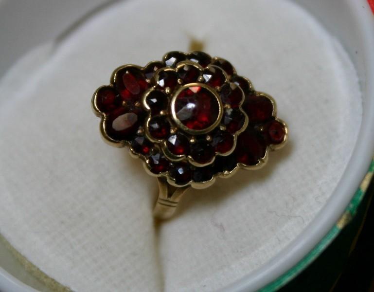 Antique Fancy Garnet Ring in 14K Gold Setting Size 3 1/2