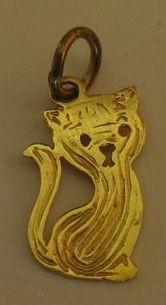 Adorable Vintage 14K Yellow Gold Kitten Charm