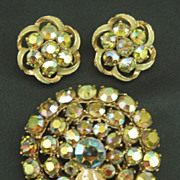 Gorgeous Sparkling Signed ART Vintage Aurora Borealis Demi Parure- Brooch and Earrings