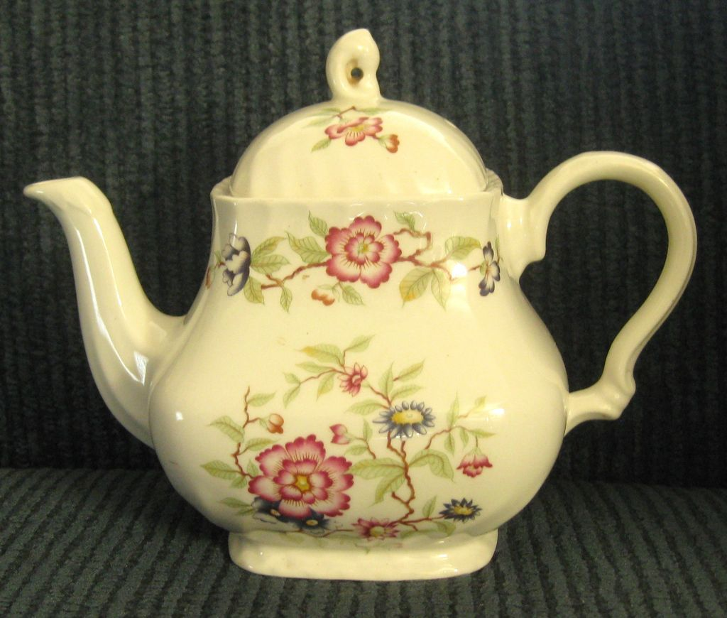 "Rare Vintage Franciscan Staffordshire ""Mandarin"" Teapot- Made in England"