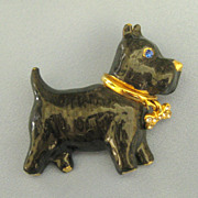 Adorable Vintage Enamel Gold Tone Scottie Dog Brooch with Rhinestone Bow