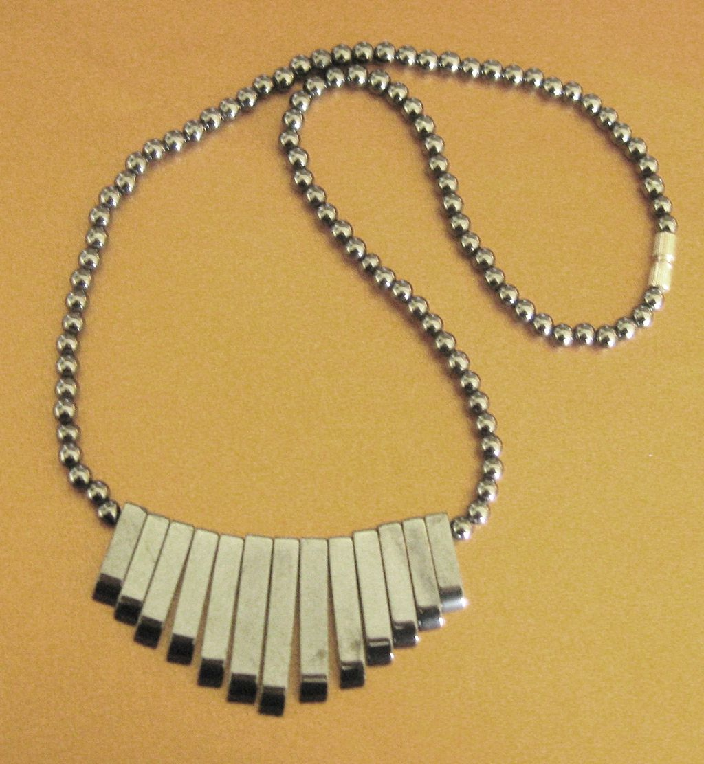 Lovely vintage natural hematite art deco design necklace for Jewelry making classes san diego