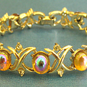 Gorgeous Vintage Coro Iridescent Glass Cabochon and Rhinestone Bracelet