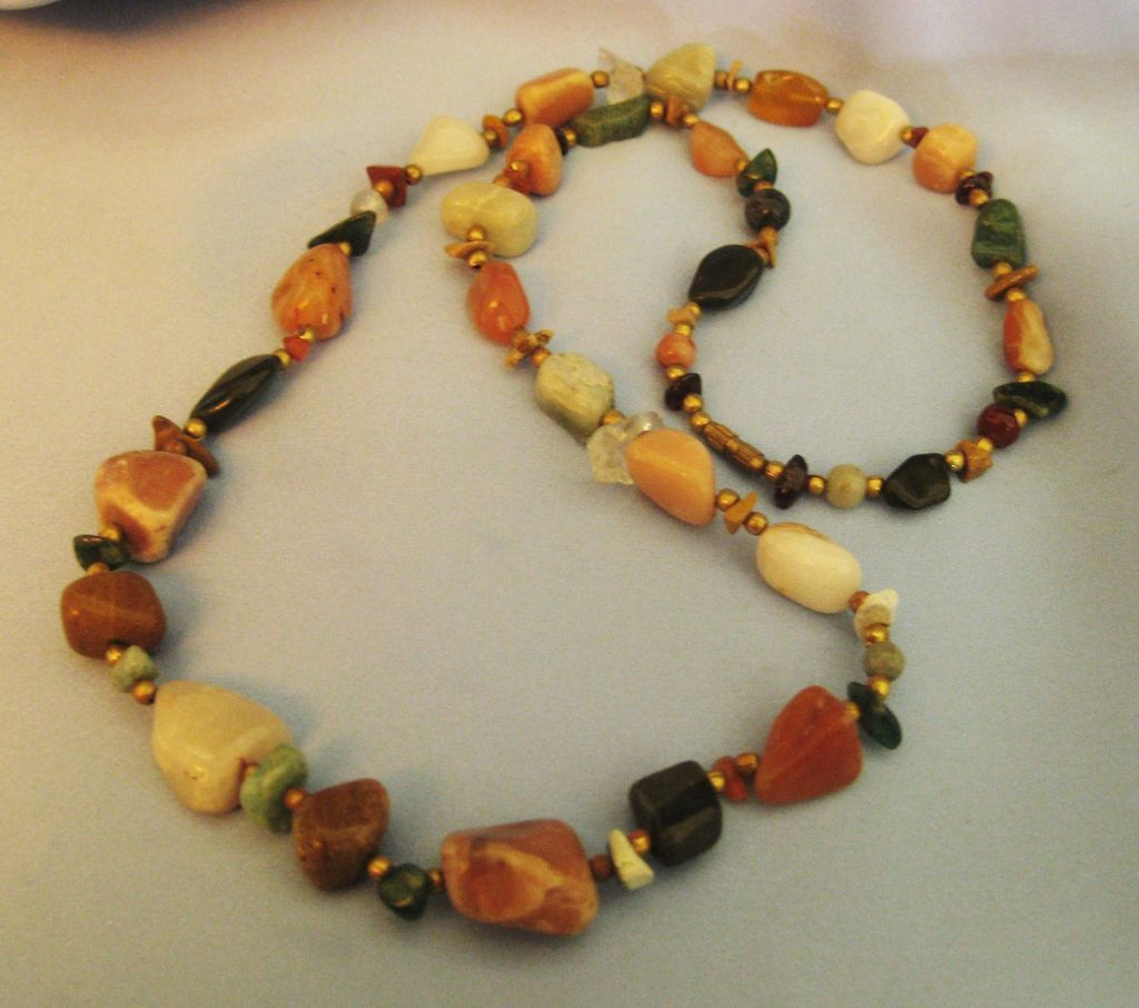 Lovely vintage polished mineral bead necklace 28 inches for Jewelry making classes san diego