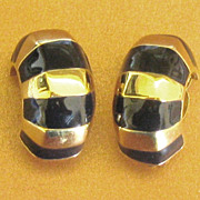 Attractive Vintage Chunky Black and Gold Tone Earrings by St. John