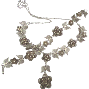 Pretty Vintage Sterling Roses and Daisies Necklace Bracelet Parure