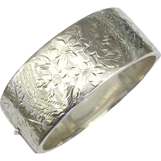 Wide Vintage English Floral Chased Sterling Hinged Bracelet