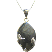 Beautiful Estate Sterling Labradorite Pendant with Leaves