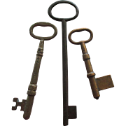 Large Vintage Metal Skeleton Keys- 3