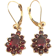 Estate 14K YG Bohemian Garnet Pierced Earrings
