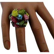 Stunning Enamel Rhinestone Flower Ring