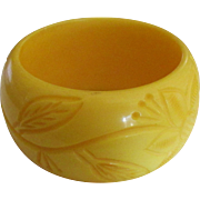 Vintage Chunky Carved Lucite Yellow Bangle Bracelet