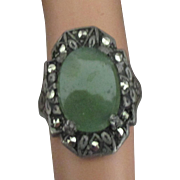 Pretty Vintage Sterling Aventurine Ring with Marcasite