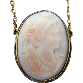 Edwardian Carved White Shell Cameo Necklace