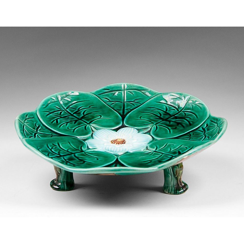 Mid to late 19th C. Victorian Majolica Green Lilly Leaf Compote