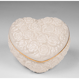 Lenox Heart Shaped Box With Lid Gold Trim