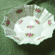 Vintage Shelley 'Bridal Rose' candy dish
