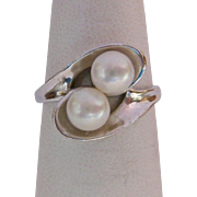 10K White Gold Ring with Two Cultured Pearls